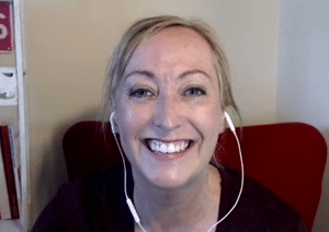 How did Rosie create a Virtual Assistant community?